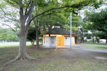野島キャンプ場トイレ