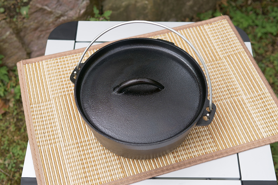 ニトリのダッチオーブン